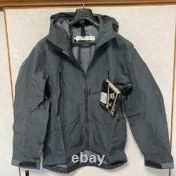 ARC'TERYX M13885 Alpha LT Leaf Mountain Parka Men's Jacket M Gray JP NEVER USED