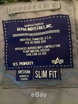 Alpha Industries b-15 Flight Bomber Jacket, Size M Slim Fit, Green, Military