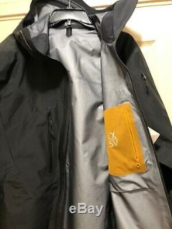 Arc'teryx Alpha SV Gore-Tex Pro Men's Jacket Medium 24K Black Made in CANADA