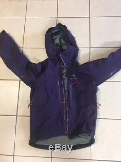 Arc'teryx Alpha SV Jacket Men's Medium Purple Barely Used