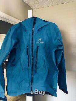 Arc'teryx Alpha SV Jacket Mens Medium Blue Gore-Tex Ski, Snow, Climbing