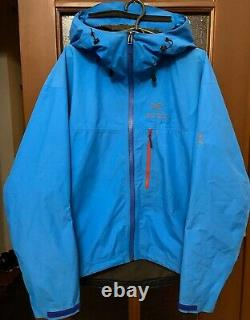 Arc'teryx Alpha Sl Jacket Gore-tex Paclite Mens Medium Brilliant Blue