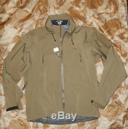 Arc'teryx LEAF Alpha Gore-tex Jacket Medium Crocodile in mint condition