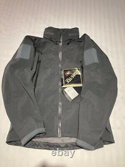 Arc'teryx LEAF Alpha Jacket Gen 2 Medium