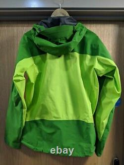 Arcteryx Alpha Comp Medium Green Rain Jacket Good Condition