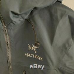 Arcteryx Alpha SV GoreTex Pro Rain Jacket Mens Medium Gray Nylon Full Zip w Hood