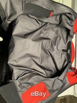 Arcteryx Alpha SV Gore-Tex Jacket, Mens Medium, Made In CANADA