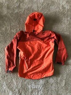 Arcteryx Alpha SV Gore-tex Vintage Jacket EUC Verified Authentic