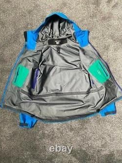 Arcteryx Alpha SV Jacket Coat Windbreaker Medium Blue Rare