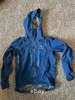 Arcteryx Alpha SV Jacket Men's Medium Poseidon Blue MSRP $750 + tax