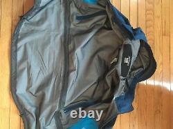 Arcteryx SV Alpha Gore-Tex Jacket Size Medium Blue