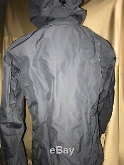 Genuine ARCTERYX Mens size Medium ALPHA FL hoody gray