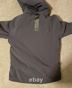 Helly Hansen Alpha 3.0 Winter Ski Jacket Coat Navy and Yellow Accents Medium