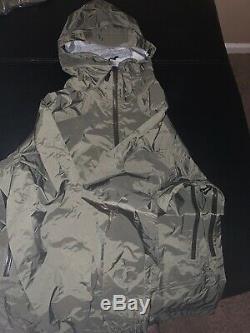 Patagonia Rain Shadow Jacket Alpha Green Medium 19022 NWT