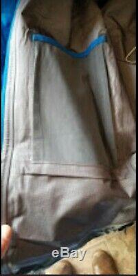 $ 425 Arc'teryx Alpha Sv Mens Gore-tex Pro Jacket Bleu Taille Moyenne, Utilisé