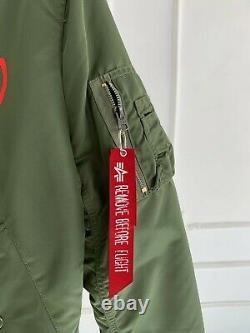Alpha Industries Le Week-end Xo Stargirl Bomber Jacket Unisexe Taille Moyenne