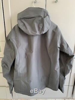 Arc'teryx Alpha Sv Gore-tex Pro Jacket Medium Brand New Avec Des Étiquettes (rrp £ 630)
