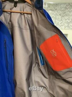 Arc'teryx Alpha Sv- Taille M- Gore Tex Pro Nouveau Avec Tag- Shell-made In Canada