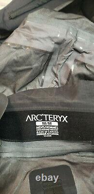 Arc'teryx Leaf Alpha Veste Masculine (gen 2) Noir Med Utilisé Deux Fois