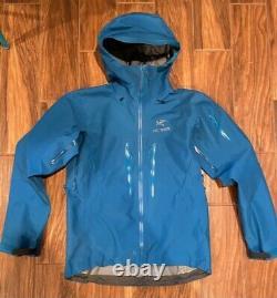 Arcteryx Sv Alpha Gore-tex Jacket Taille Moyenne Blue Exc Great Deal Détail 749 $