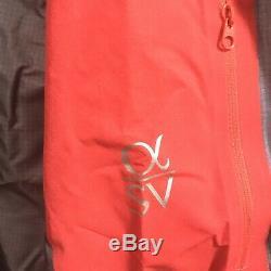 Avec Des Étiquettes Arc'teryx Alpha Sv Veste 785 $ Moyen Détail Cardinal Rouge