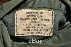 Ma-1 Us Air Force Flight Jacket Vietnam 1964 Alpha Ind. Moyenne Armée Patches