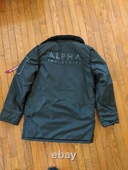 New Alpha Industries B-9 Sherpa Straight Hem Mod Noir