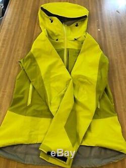 Nouveau Arcteryx Alpha Comp Sweat À Capuche Gore-tex Femme Taille Medium $ 375