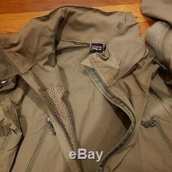 Nouvelle Patagonie Ucp Niveau 5 Soft Shell Jacket Gen II Medium Regular Alpha Vert