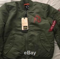 Rare Le Weeknd Complet Pop Up Stargirl Bomber Jacket Taille Petite Nwt