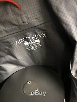 Taille Réelle Arcteryx Mens Medium Alpha Fl Gris Sweat À Capuche